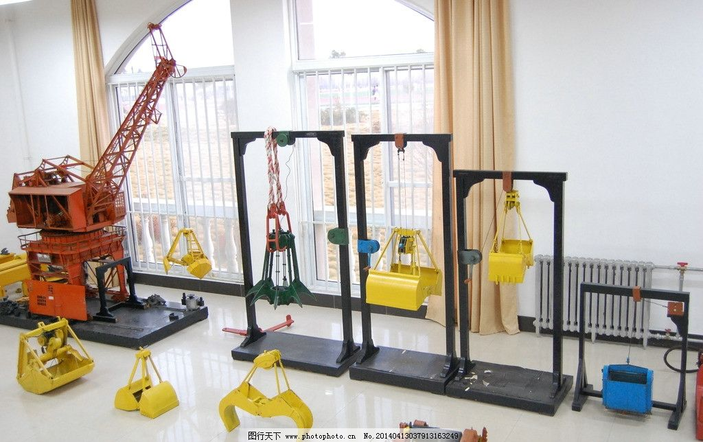 青岛港湾学院实训基地 实训基地 海港 港口 港湾 码头 塔吊 机床 工业