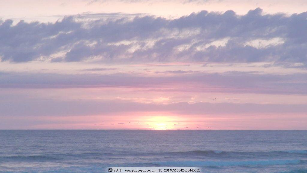 在日落的加农炮海滩在俄勒冈股票视频丰富多彩的天空 视频免费下载