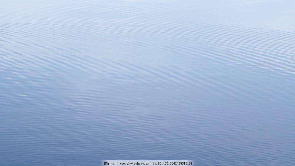简单的水蓝色运动背景