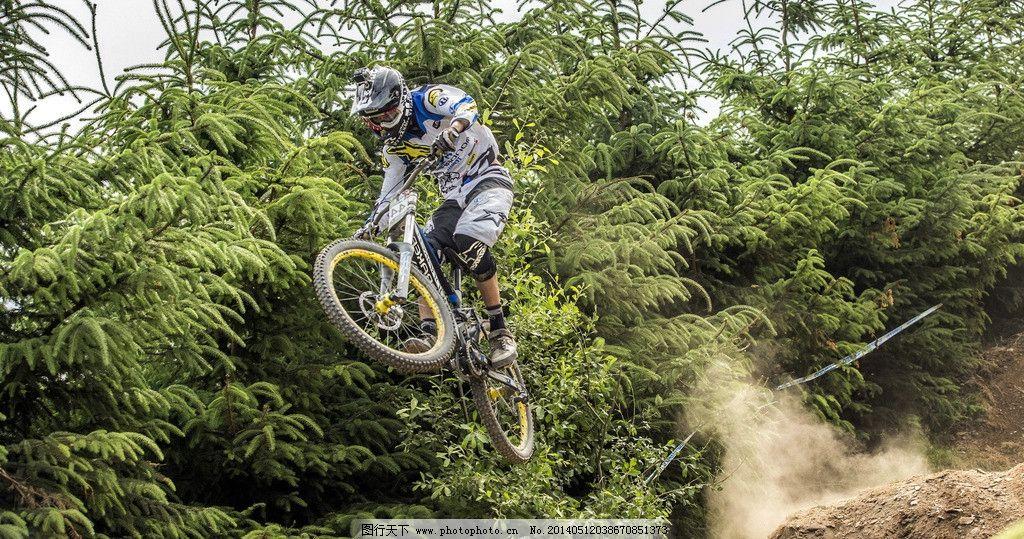 骑车运动山地自行车图片