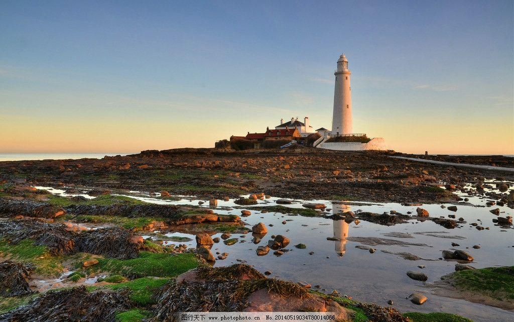 海边 灯塔图片