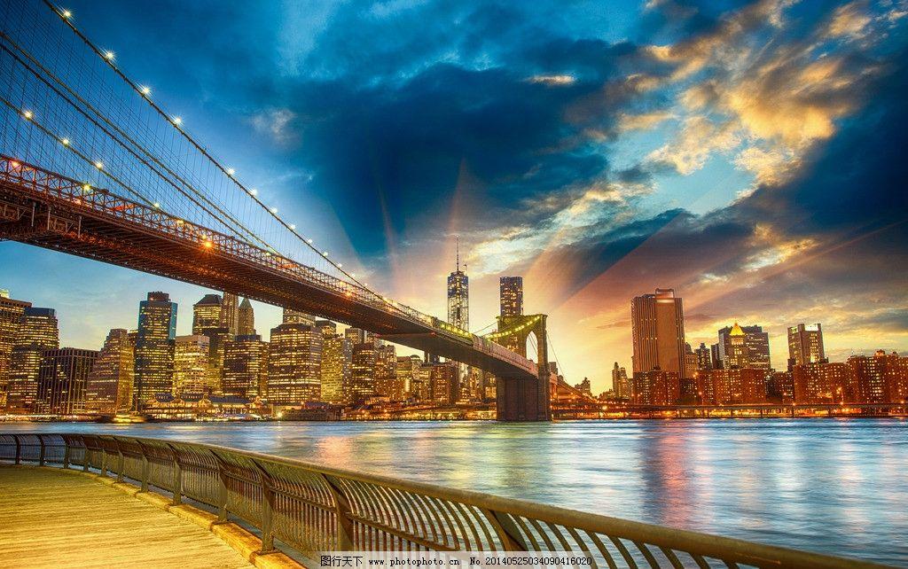 布鲁克林大桥绚丽夜景
