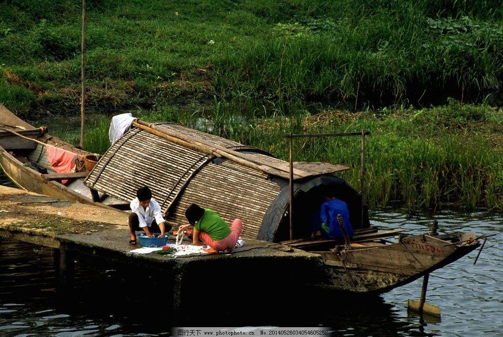 图片 河边洗衣服