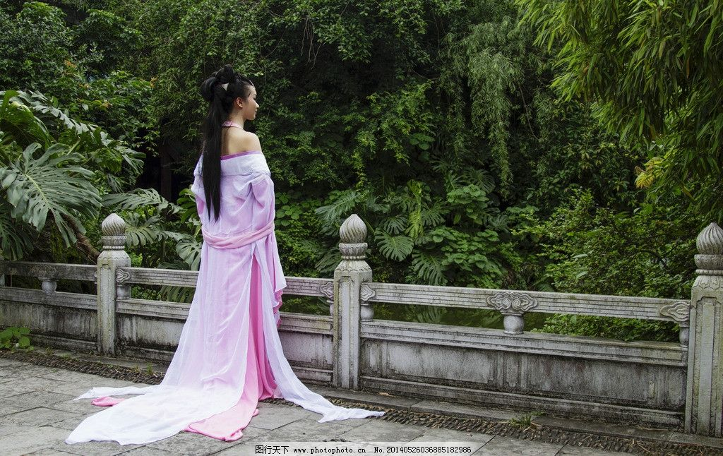 汉服美女 古装美女 美女 写真 汉服 人物图库 背影 唯美背影 古代服装