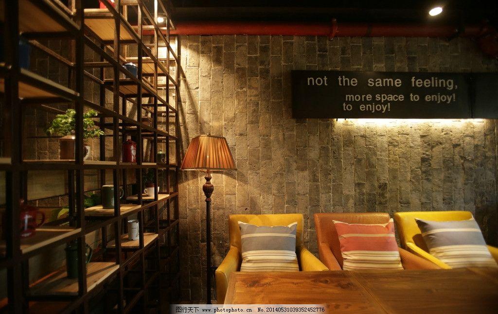 咖啡厅效果图 咖啡厅 复古 桌椅 墙面 摆件 室内摄影 建筑园林 摄影 7