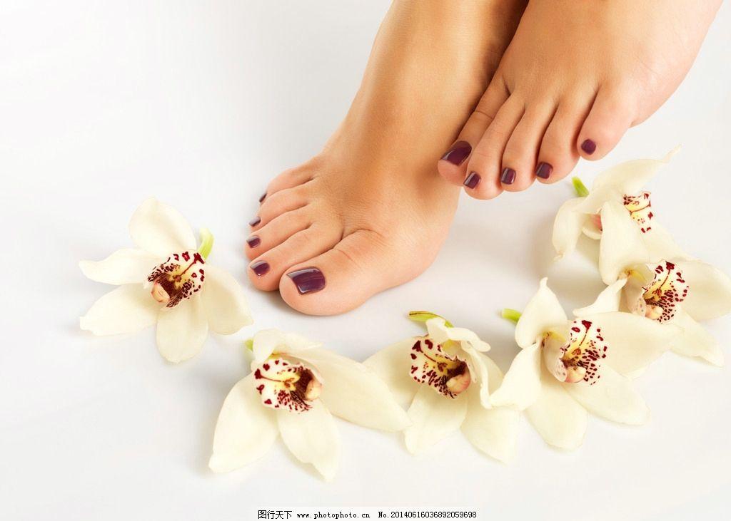 足部护理 美脚 玉足 美甲 脚趾 脚部 女人的脚 美容 美体 女性图片